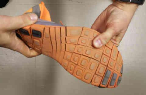 Kengän kiertojäykkyys